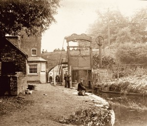 Lovely old photo of the stop lock.